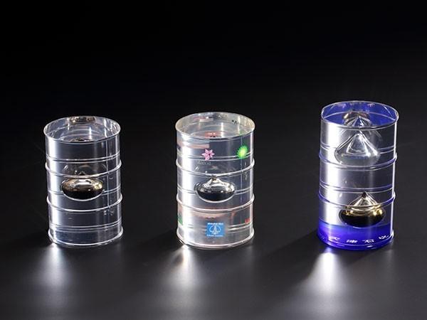 水晶油桶展示
