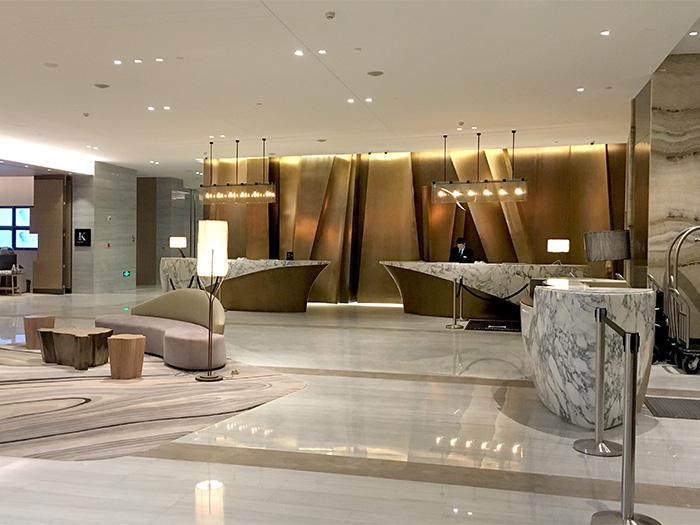 希尔顿酒店展示用品定制案例