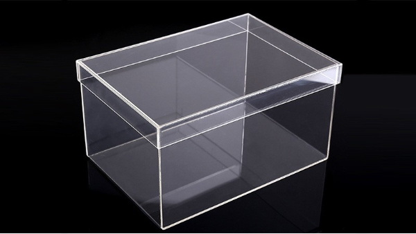 有机玻璃鞋盒优点有哪些?博艺为您揭秘