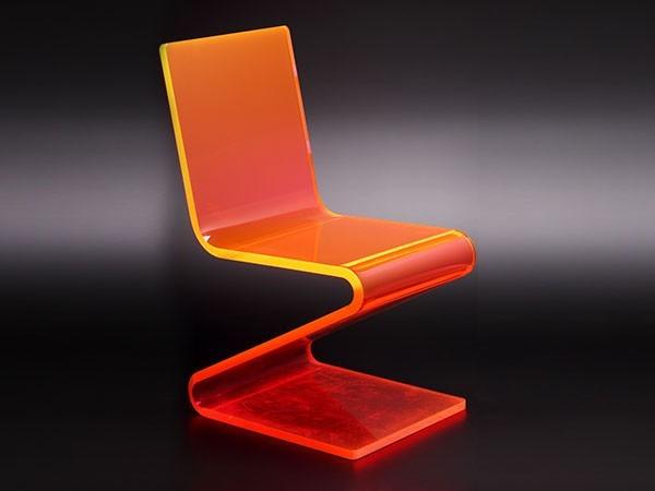 亚克力橙色椅子