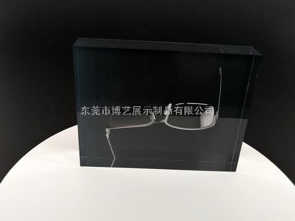 眼镜宣传台